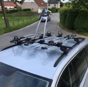 Thule Freeride 532 - 3 bike carrier installed on roof